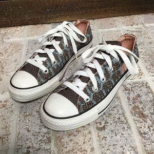 Converse All star pink elephant sneakers